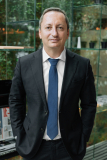 Corporate portrait (executive London) - Amsterdam